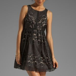 Free People black lace dress size 6 keyhole back
